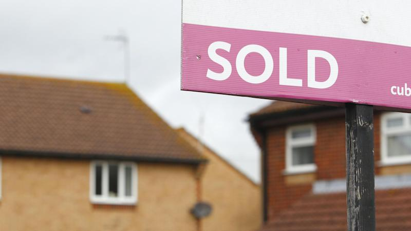 House prices rose by average £2,000 in February