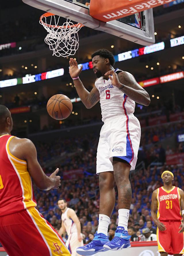 Clippers rout Rockets 128-95 to take 3-1 series lead