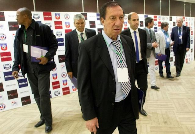 Former Argentina coach Carlos Bilardo, pictured here in 2014, has suffered many health issues over the last couple of years (AFP Photo/Claudio Reyes)