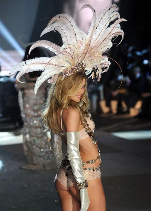 Victoria's Secret Angel Doutzen Kroes walks the runway during the Victoria's Secret 2012 Fashion Show