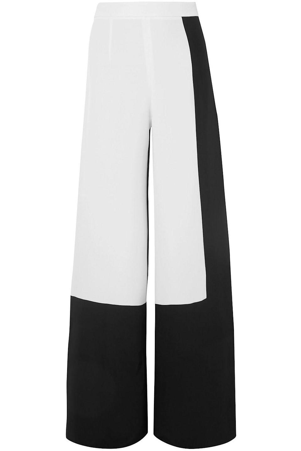 """<p><strong>Cushnie </strong></p><p>theoutnet.com</p><p><strong>$170.00</strong></p><p><a href=""""https://go.redirectingat.com?id=74968X1596630&url=https%3A%2F%2Fwww.theoutnet.com%2Fen-us%2Fshop%2Fproduct%2Fcushnie%2Fpants%2Fwide-leg-pants%2Ftwo-tone-silk-crepe-wide-leg-pants%2F210639978106&sref=https%3A%2F%2Fwww.marieclaire.com%2Ffashion%2Fg33594594%2Fthe-outnet-summer-sale-2020%2F"""" rel=""""nofollow noopener"""" target=""""_blank"""" data-ylk=""""slk:SHOP IT"""" class=""""link rapid-noclick-resp"""">SHOP IT</a></p><p>Finding a Cushnie design for under $200 is like discovering a pot of gold at the end of a rainbow. </p>"""