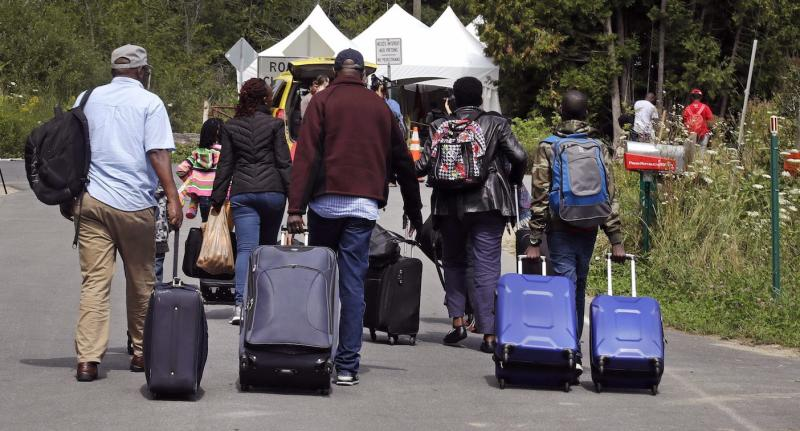 Canadian military builds camp to house refugees from US