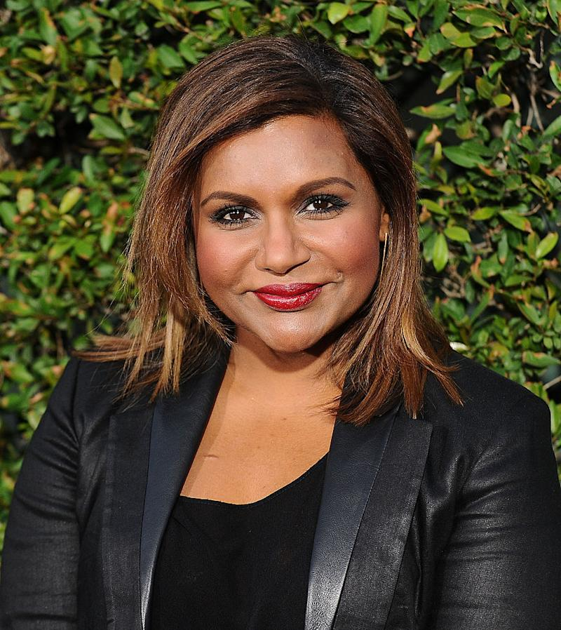 Does mindy kaling bleach her skin