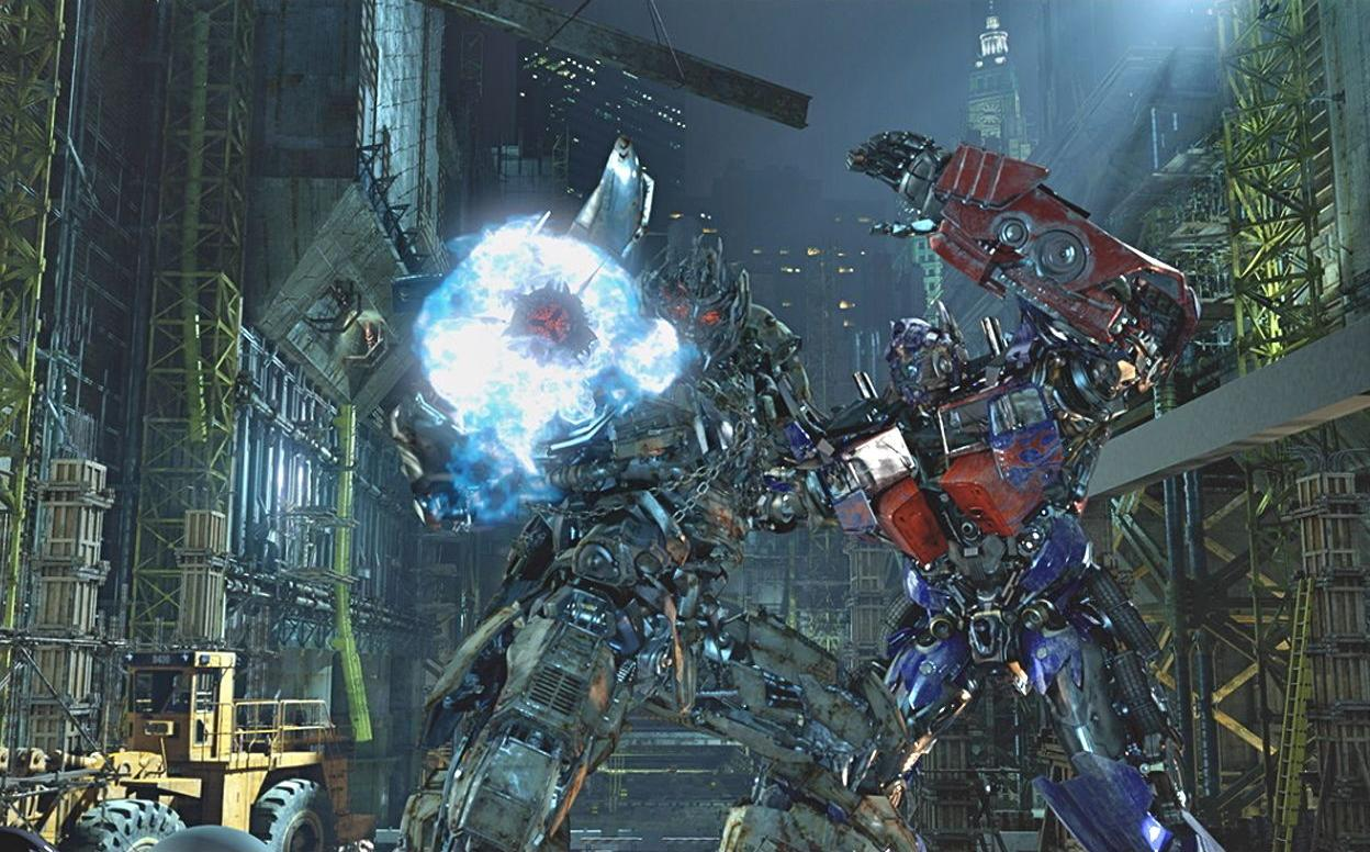 "In this undated image released by Universal Studios Hollywood, characters Megatron, left, and Optimus Prime are displayed during the ""Transformers the Ride: 3D,"" attraction at Universal Studios Hollywood in Los Angeles. Debuting May 25 at Universal Studios Hollywood, the ride, based on the film franchise, offers motion-simulator vehicles and 3D high definition video. (AP Photo/Universal Studios Hollywood)"