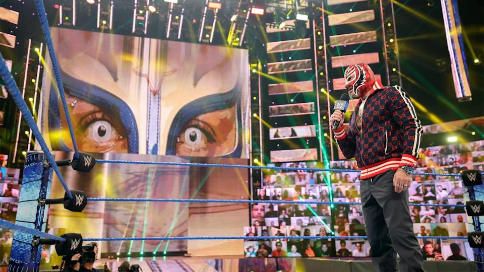 Rey Mysterio will challenge for the Universal title on SmackDown this Friday (WWE)