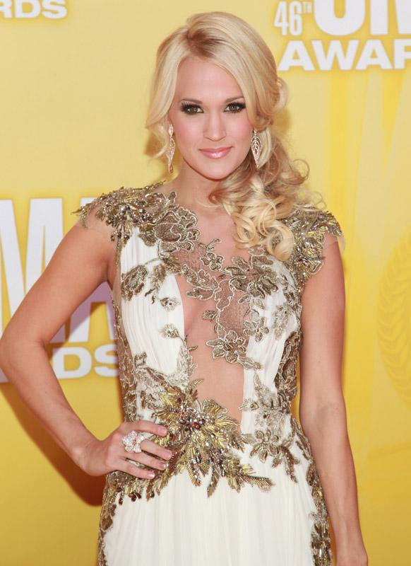 Carrie Underwood 46th Annual CMA Awards - Arrivals