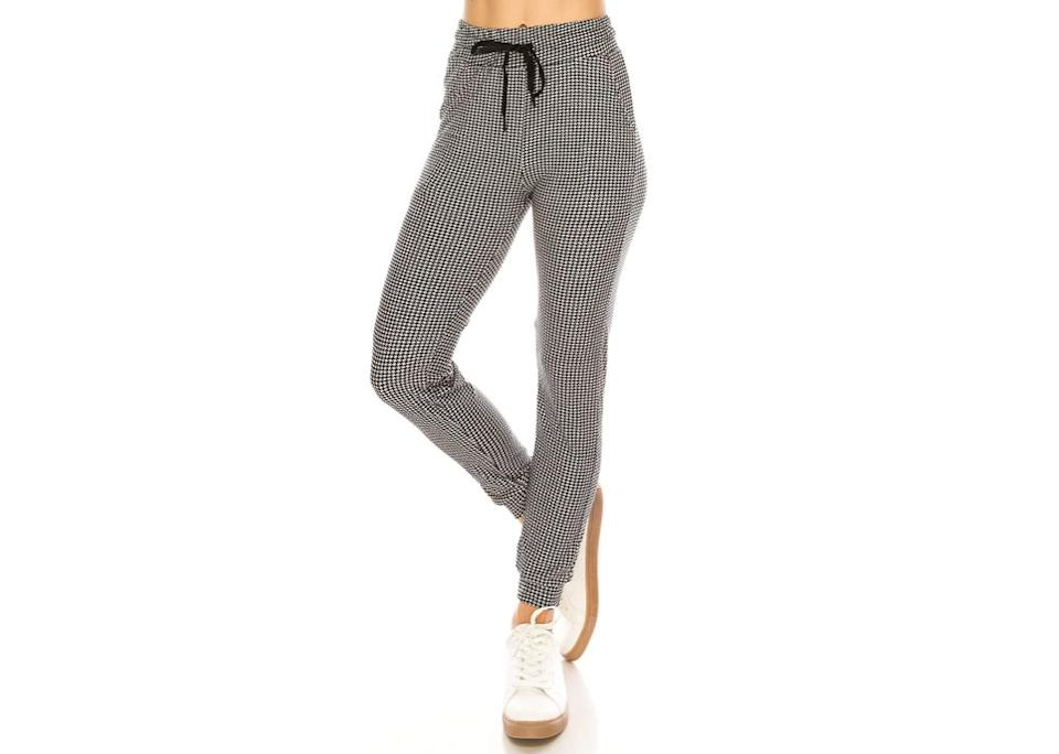 """Available in a bunch of plaid and gingham patterns, these are dressy pants disguised as comfy joggers. No one has to know that you're in complete h-e-a-v-e-n the moment you slip these on — but they will know how incredible you look while doing so.<br /><br /><strong>Promising review:</strong>""""If you want reallllly soft comfy jogger pants then buy these. I have wide hips and I just pull them right on top and it fits so nicely. Even my boyfriend complimented them and touched them and was like 'whoa I'm gonna wear those' haha. Really great for the price and I never wanna take them off."""" —<a href=""""https://www.amazon.com/gp/customer-reviews/R2JGDTTWHXXCOS?&linkCode=ll2&tag=huffpost-bfsyndication-20&linkId=bd49a04891bb45bc6f6052051cc0eb47&language=en_US&ref_=as_li_ss_tl"""" target=""""_blank"""" rel=""""nofollow noopener noreferrer"""" data-skimlinks-tracking=""""5925990"""" data-vars-affiliate=""""Amazon"""" data-vars-href=""""https://www.amazon.com/gp/customer-reviews/R2JGDTTWHXXCOS?tag=bfjasminsandal-20&ascsubtag=5925990%2C31%2C36%2Cmobile_web%2C0%2C0%2C16627493"""" data-vars-keywords=""""cleaning,fast fashion"""" data-vars-link-id=""""16627493"""" data-vars-price="""""""" data-vars-product-id=""""21019788"""" data-vars-product-img="""""""" data-vars-product-title="""""""" data-vars-retailers=""""Amazon"""">Group4</a><br /><br /><a href=""""https://www.amazon.com/ALWAYS-Women-Drawstrings-Jogger-Sweatpants/dp/B07FK7BNX9?&linkCode=ll1&tag=huffpost-bfsyndication-20&linkId=c65250b718e0a412d3d5cfdc0925c855&language=en_US&ref_=as_li_ss_tl"""" target=""""_blank"""" rel=""""noopener noreferrer""""><strong>Get them from Amazon for$12.59+(available in sizes XS–3XL and 40 colors).</strong></a>"""