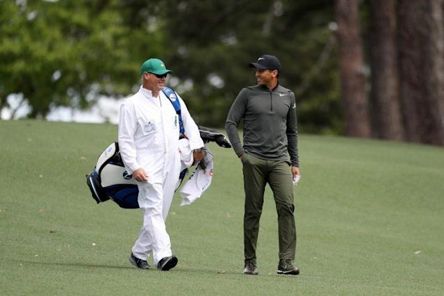 """<a class=""""link rapid-noclick-resp"""" href=""""/pga/players/7542/"""" data-ylk=""""slk:Jason Day"""">Jason Day</a> laughs with his caddy during Thursday's Round 1. (Getty Images)"""