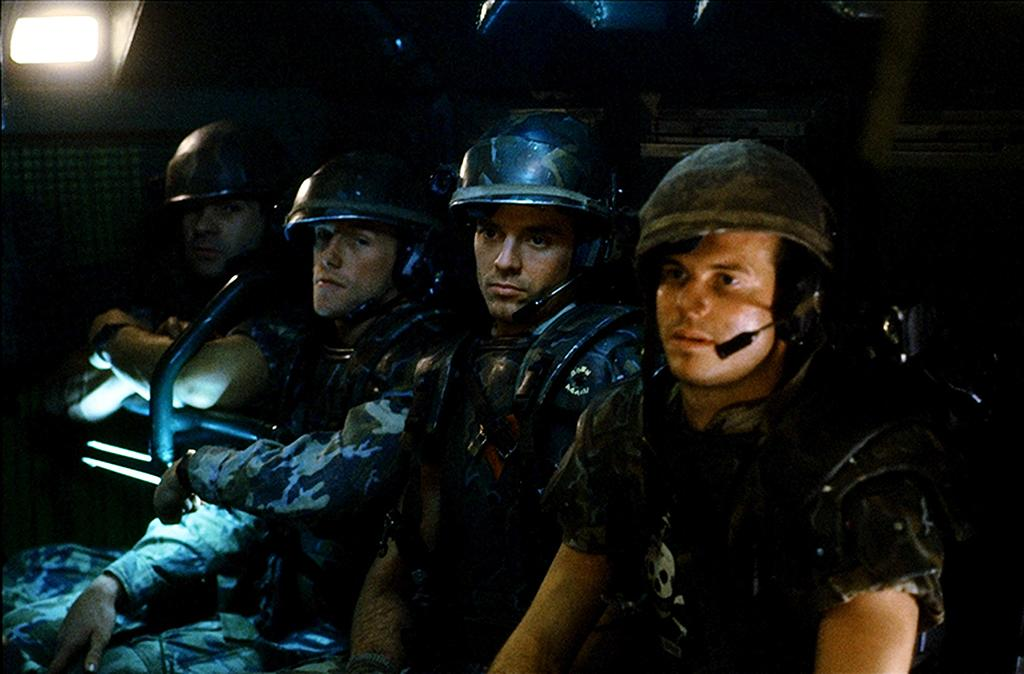 """<p>Paxton almost steals the show in James Cameron's seminal sequel, playing <a rel=""""nofollow"""" href=""""https://www.yahoo.com/movies/xenomorphs-exposed-james-cameron-sigourney-171426083.html"""">the motormouth Pvt. Hudson</a> who can't stop spouting quotable lines. (Photo: 20th Century Fox Film Corp.) </p>"""