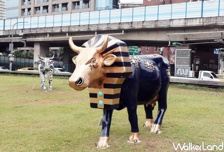 The pop-up exhibition is scheduled between April 27 and April 29, where a total of 15 cows will be showcased on the grassy fields at Huashan. (Photo courtesy of Taipei Walker)