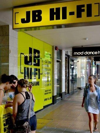 JB Hi-Fi keeps faith in store expansion plan