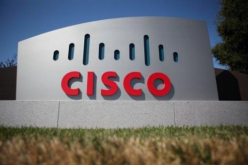 Cisco is to pay about $1.2 billion in cash to acquire Meraki Inc., a leader in cloud networking