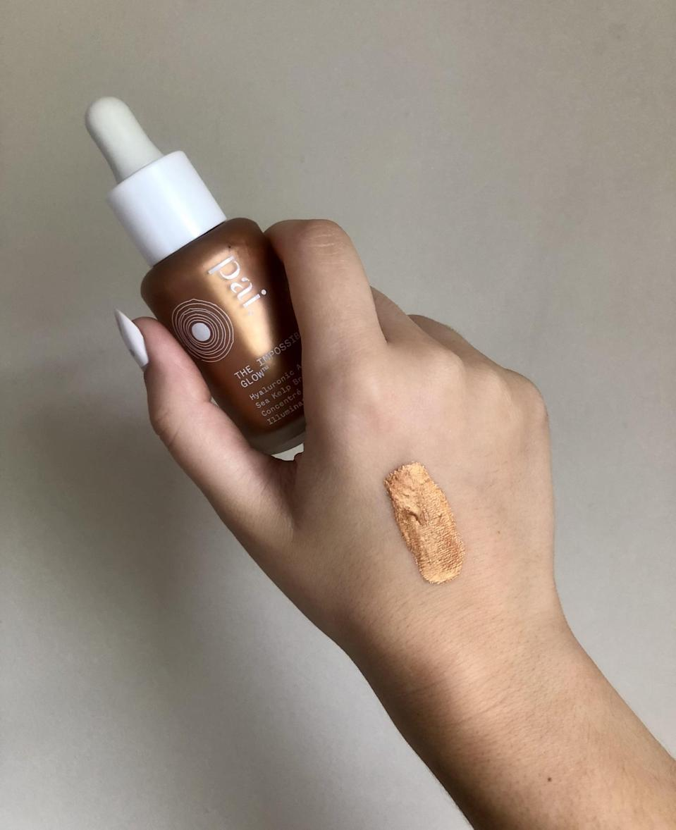 """<p>The instructions of the Pai The Impossible Glow Hyaluronic Acid &amp; Sea Kelp Bronzing Drops say to shake it well, then mix with your moisturizer for an all-over glow. It also says you can layer on more drops after you try the moisturizer method for more intensity. Because I already did my skin-care routine for the morning, I decided to apply the drops directly overtop of my sunscreen. Go big or go home right? </p> <p>My initial thoughts were, """"Oh gosh, I should have listened to the instructions. . .this is very dark,"""" but I was committed and stuck with it. I'm so happy I did. After lots of blending (with my fingers and also a brush), my face had a nice tanned glow that picked up the light without looking shiny (or greasy). If you're nervous about the pigment, I'd suggest following the instructions and mixing it with your moisturizer. </p>"""