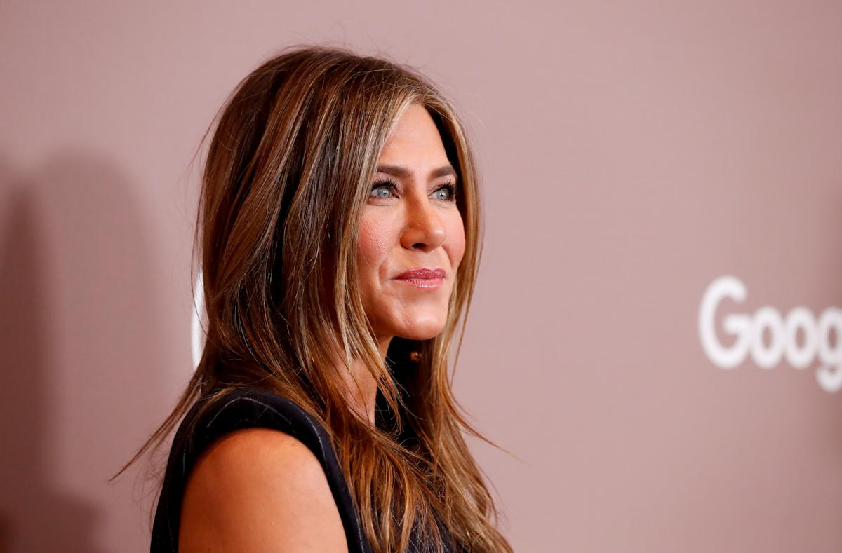 Jennifer Aniston wants to start dating: 'I think I'm ready to share myself with another'