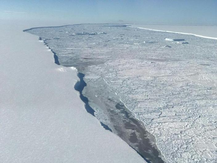 West Antarctica's ice sheet has shed about 150 billion tonnes of mass every year since 2005 (AFP Photo/HO)
