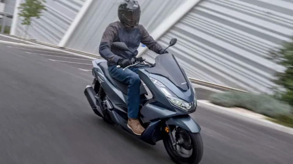 Honda launches 2021 PCX125 scooter with a Euro 5-compliant engine
