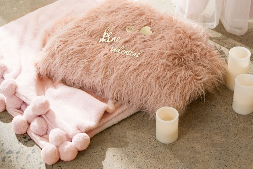 "<p>Valentine's Day doesn't have to be a formal affair—why not ring in the day by snuggling up with your sweetheart on the sofa, comfortably wrapped in blush-hued <a href=""https://www.elledecor.com/design-decorate/trends/g3329/throw-pillows/"" rel=""nofollow noopener"" target=""_blank"" data-ylk=""slk:pillows"" class=""link rapid-noclick-resp"">pillows</a> and soft blankets?</p><p><em>Via <a href=""https://besthomefashion.com/"" rel=""nofollow noopener"" target=""_blank"" data-ylk=""slk:Best Home Fashion"" class=""link rapid-noclick-resp"">Best Home Fashion</a></em></p><p><a class=""link rapid-noclick-resp"" href=""https://go.redirectingat.com?id=74968X1596630&url=https%3A%2F%2Fwww.dwr.com%2Faccessories-blankets-throws-pillows%2Fdot-pillow-in-velvet-fabric%2F100128095.html%3Flang%3Den_US%26mrkgcl%3D664%26mrkgadid%3D3074657627%26adpos%3D1o8%26creative%3D96969736959%26device%3Dc%26network%3Dg%26gclid%3DCj0KCQiAsvTxBRDkARIsAH4W_j_fozqSMHbLsfzkuca5JTILWtDjxmnpdNJNS5OSmB7rqMrV-xYDQuEaApipEALw_wcB%26gclsrc%3Daw.ds&sref=https%3A%2F%2Fwww.elledecor.com%2Flife-culture%2Ffun-at-home%2Fg2387%2Fvalentines-day-decor%2F"" rel=""nofollow noopener"" target=""_blank"" data-ylk=""slk:GET THE LOOK"">GET THE LOOK</a><em><br>Dot Pillow, Design Within Reach, $95</em></p>"