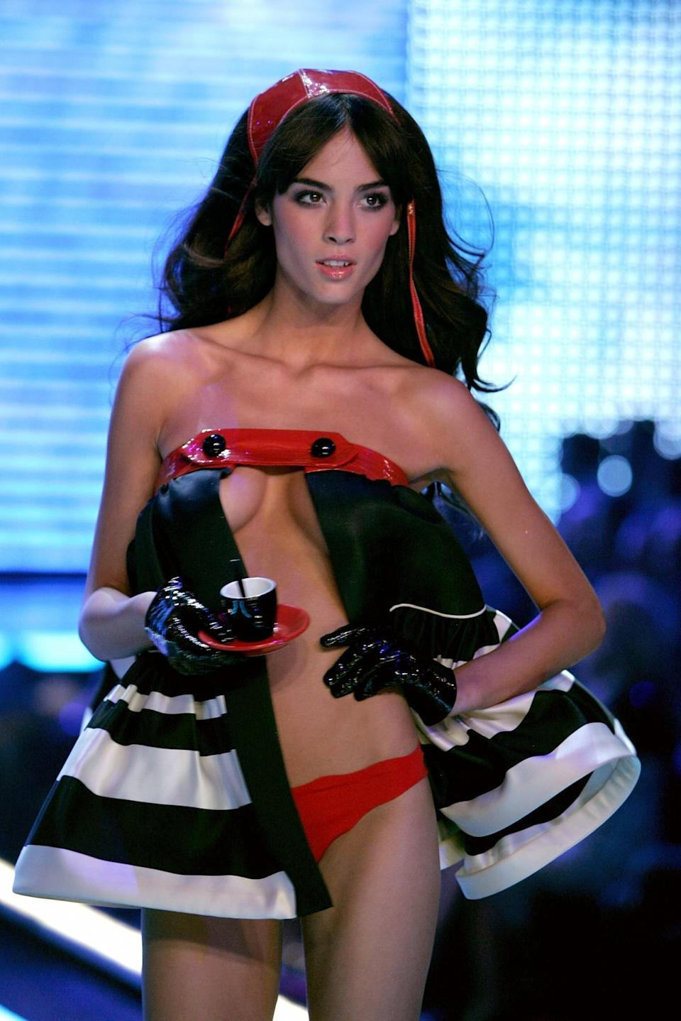 <p>A whole lot of underboob going on here. [Photo: Getty] </p>