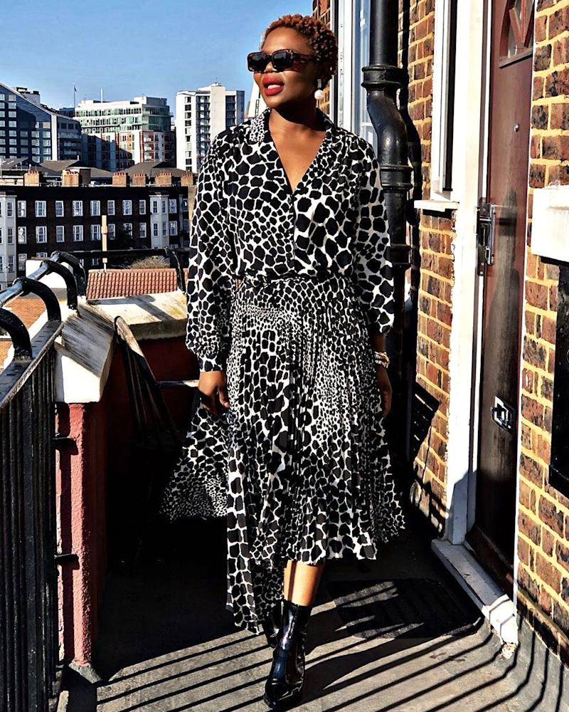 927150607bfba3 This £39 Topshop Dress Is About to Be All Over Your Feeds