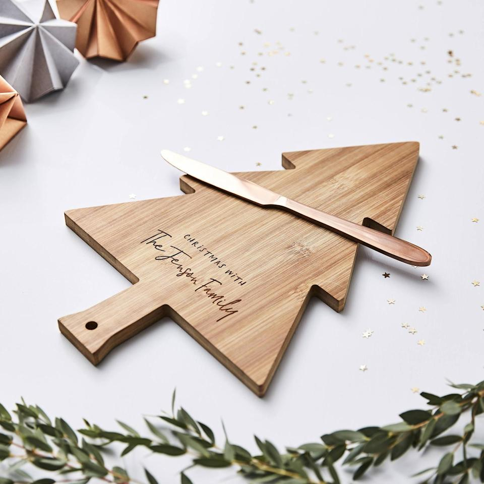 """<p>You probably don't need to search long and hard for a reason to shower mom with love and gratitude, but, well...Christmas is certainly a good excuse.<br></p><p>To help you find a worthy present, here's a list of the most original, thoughtful gifts for Mom on the market right now (including dozens of <a href=""""https://www.thepioneerwoman.com/holidays-celebrations/gifts/g33484151/best-gifts-under-100/"""" rel=""""nofollow noopener"""" target=""""_blank"""" data-ylk=""""slk:gifts under $100"""" class=""""link rapid-noclick-resp"""">gifts under $100</a> and even some <a href=""""https://www.thepioneerwoman.com/holidays-celebrations/gifts/g34348585/gifts-under-10"""" rel=""""nofollow noopener"""" target=""""_blank"""" data-ylk=""""slk:gifts under $10"""" class=""""link rapid-noclick-resp"""">gifts under $10</a>). Each and every pick is as personal as a <a href=""""https://www.thepioneerwoman.com/holidays-celebrations/gifts/g33416427/diy-christmas-gifts/"""" rel=""""nofollow noopener"""" target=""""_blank"""" data-ylk=""""slk:DIY Christmas gift"""" class=""""link rapid-noclick-resp"""">DIY Christmas gift</a>, but also incredibly practical and pretty, featuring fun designs (floral patterns for the win!) and legitimately helpful uses. If your mom loves to cook, for instance, perhaps you'll want to splurge on a shiny new Instant Pot to make her kitchen adventures even easier—and pair it with one <a href=""""https://www.thepioneerwoman.com/ree-drummond-life/g33809188/ree-drummond-favorite-cookbooks"""" rel=""""nofollow noopener"""" target=""""_blank"""" data-ylk=""""slk:Ree's favorite cookbooks"""" class=""""link rapid-noclick-resp"""">Ree's favorite cookbooks</a>. Or maybe she's been feeling stressed, in which case you might want to opt for a trendy weighted blanket or other equally <a href=""""https://www.thepioneerwoman.com/holidays-celebrations/gifts/g34329917/cozy-gifts/"""" rel=""""nofollow noopener"""" target=""""_blank"""" data-ylk=""""slk:cozy gift"""" class=""""link rapid-noclick-resp"""">cozy gift</a>.</p><p>Whatever you eventually choose as your <a href=""""https://www.thepioneerwoman.com/holidays-celebration"""