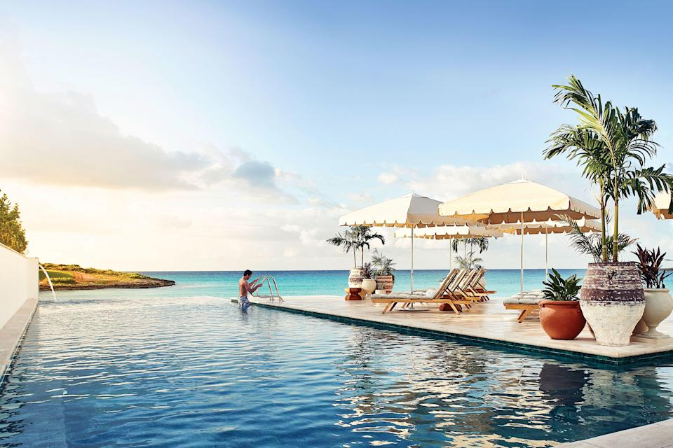 "<p>These forever-captivating resorts and hotels are icons that set the standard year after year:</p> <ul><li><a href=""https://www.belmond.com/hotels/europe/mallorca/deia/belmond-la-residencia/"" rel=""nofollow noopener"" target=""_blank"" data-ylk=""slk:Belmond La Residencia"" class=""link rapid-noclick-resp"">Belmond La Residencia</a>, Mallorca, Spain</li> <li><a href=""https://www.seaisland.com/accommodations/the-cloister/"" rel=""nofollow noopener"" target=""_blank"" data-ylk=""slk:The Cloister"" class=""link rapid-noclick-resp"">The Cloister</a>, Sea Island, Georgia</li> <li><a href=""https://www.goldeneye.com/"" rel=""nofollow noopener"" target=""_blank"" data-ylk=""slk:Goldeneye"" class=""link rapid-noclick-resp"">Goldeneye</a>, Ocho Rios, Jamaica</li> <li><a href=""https://www.royal-hawaiian.com/"" rel=""nofollow noopener"" target=""_blank"" data-ylk=""slk:Royal Hawaiian Resort"" class=""link rapid-noclick-resp"">Royal Hawaiian Resort</a>, Honolulu, Hawai'i</li> <li><a href=""https://www.thebreakers.com/"" rel=""nofollow noopener"" target=""_blank"" data-ylk=""slk:The Breakers"" class=""link rapid-noclick-resp"">The Breakers</a>, Palm Beach, Florida</li> <li><a href=""https://www.oetkercollection.com/hotels/eden-rock-st-barths/?utm_source=google&utm_medium=local&utm_campaign=eden_rock_st_barths"" rel=""nofollow noopener"" target=""_blank"" data-ylk=""slk:Eden Rock"" class=""link rapid-noclick-resp"">Eden Rock</a>, St. Jean, St. Barts</li> <li><a href=""https://www.bellesrives.com/en/"" rel=""nofollow noopener"" target=""_blank"" data-ylk=""slk:Hôtel Belles Rives"" class=""link rapid-noclick-resp"">Hôtel Belles Rives</a>, Juan-Les-Pins, France</li> <li><a href=""https://sirenuse.it/en"" rel=""nofollow noopener"" target=""_blank"" data-ylk=""slk:Le Sirenuse"" class=""link rapid-noclick-resp"">Le Sirenuse</a>, Positano, Italy</li> </ul>"