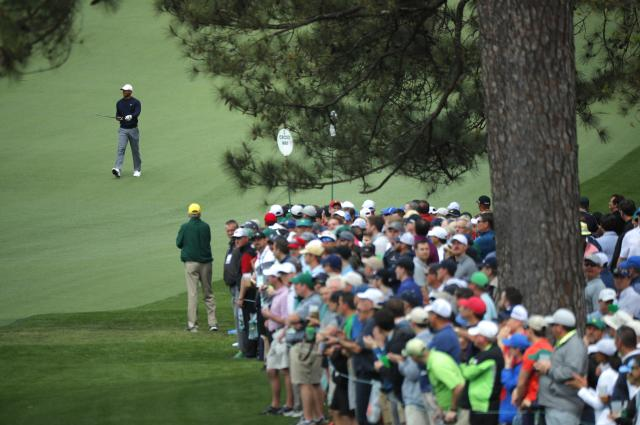 A large gallery follows Tiger Woods of the U.S. on the second hole during the final day of practice for the 2018 Masters golf tournament at Augusta National Golf Club in Augusta, Georgia, U.S. April 4, 2018. REUTERS/Brian Snyder
