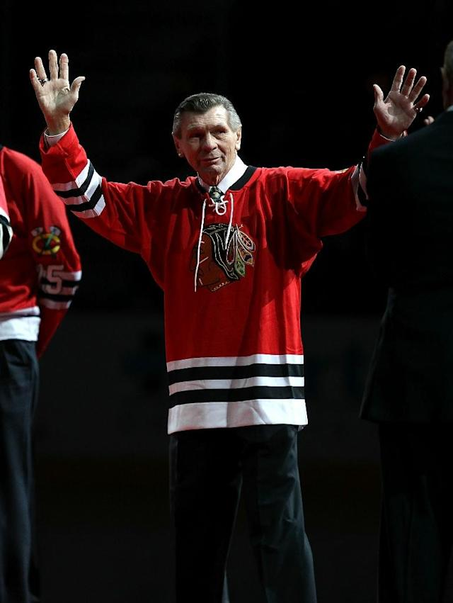 Stan Mikita is Chicago's all-time leading scorer and the first Blackhawk to have his number (21) retired (AFP Photo/JONATHAN DANIEL)