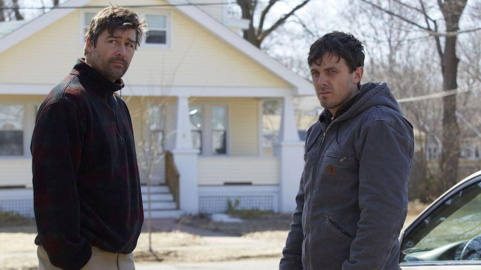 Kyle Chandler and Casey Affleck in Manchester-By-The-Sea