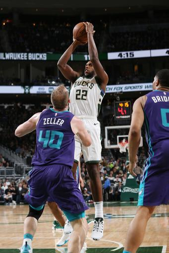 MILWAUKEE, WI - MARCH 9: Khris Middleton #22 of the Milwaukee Bucks shoots the ball against the Charlotte Hornets on March 9, 2019 at the Fiserv Forum Center in Milwaukee, Wisconsin. (Photo by Gary Dineen/NBAE via Getty Images)