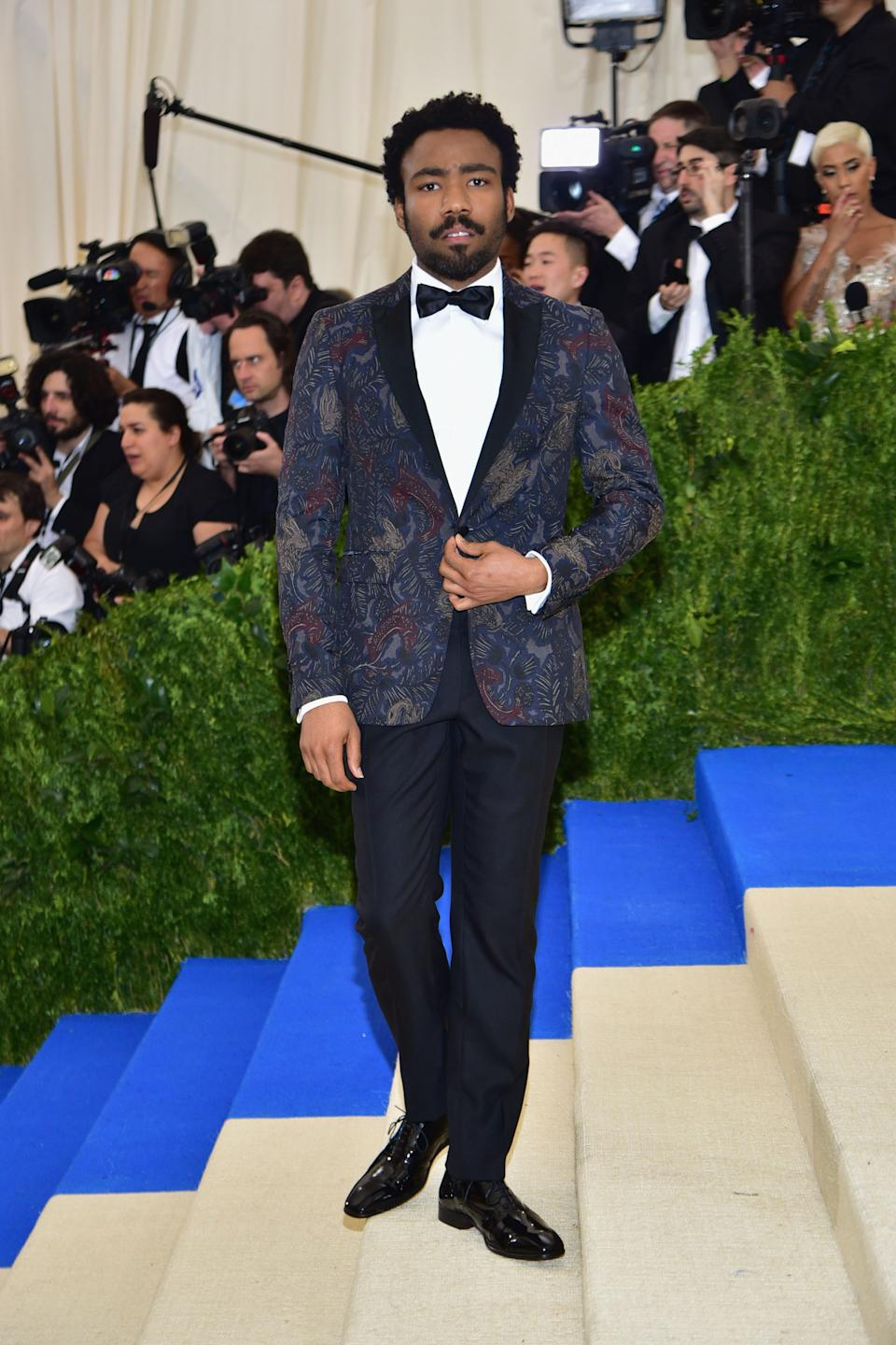 """<h1 class=""""title"""">Donald Glover in Burberry</h1><cite class=""""credit"""">Photo: Getty Images</cite>"""