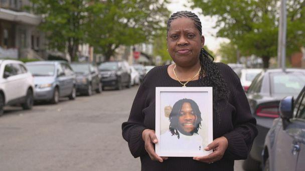 """PHOTO: """"Justice need[s] to be served and the cops need to be locked up for what they did to him,"""" said Kathy Bryant. (ABC)"""