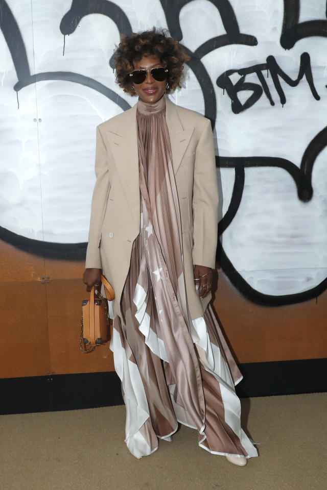 <p>Naomi Campbell touched down in Paris on January 17 for the Louis Vuitton AW19 men's show in a super cool ensemble by the label. <em>[Photo: Getty]</em> </p>