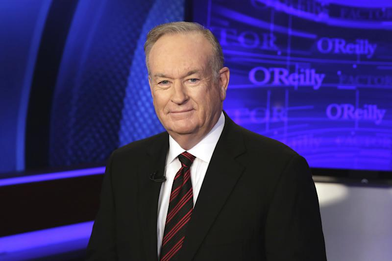 """Hollywood Reacts To Bill O'Reilly: Chelsea Handler Jeers, """"Available For Dinner?"""""""