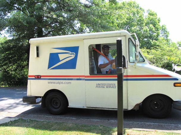 PHOTO: Floyd Martin is retiring from the U.S. Postal Service after working his route in Marietta, Ga., for nearly 35 years. (Jennifer Brett/The Atlanta Journal-Constitution )