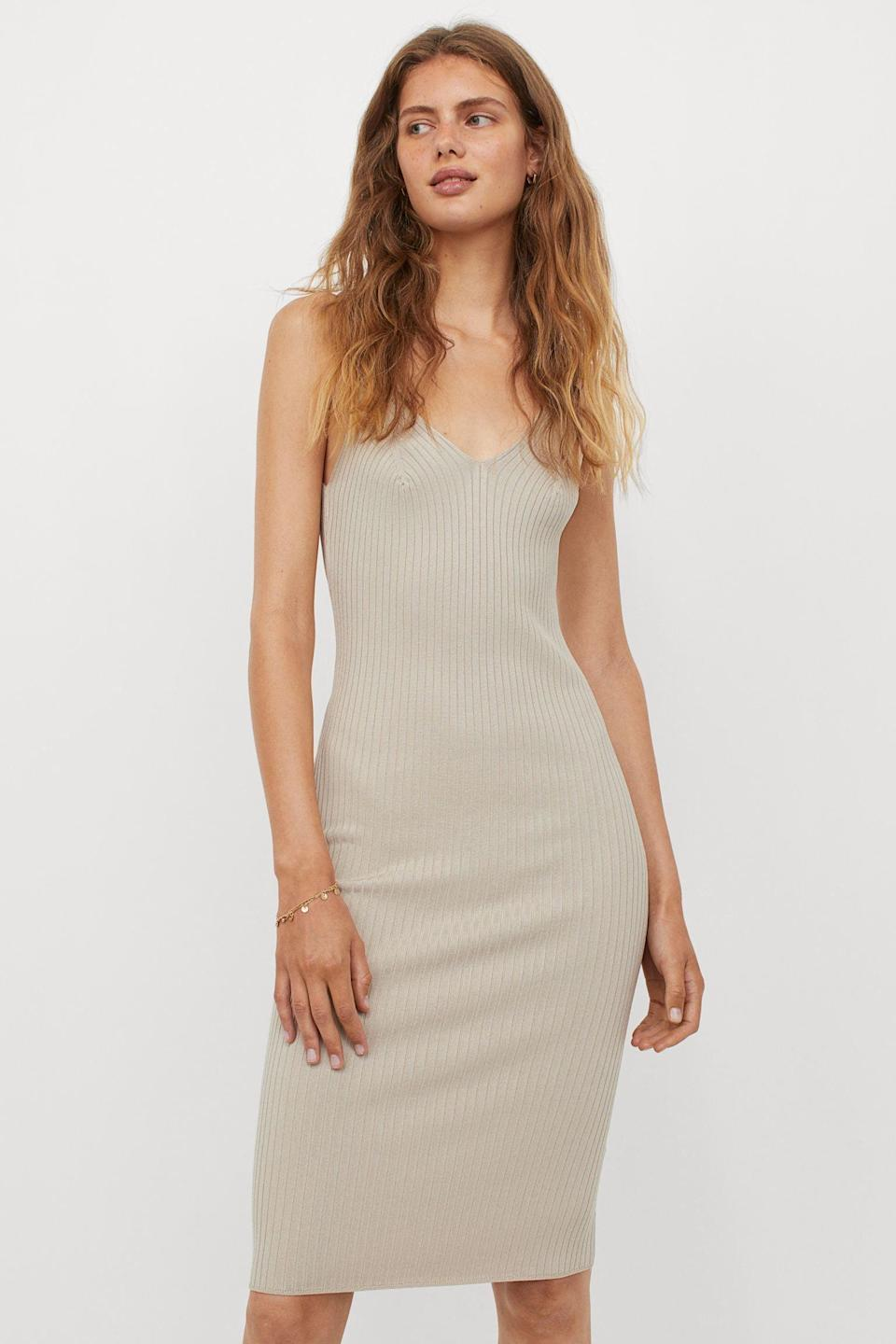 <p>Keep things minimal when wearing this <span>Rib-knit Dress</span> ($35) with a dainty necklace and some black kitten heels.</p>