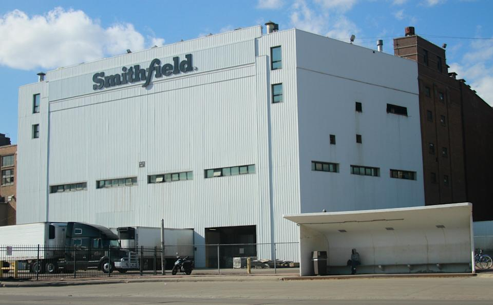 The Smithfield pork processing plant in Sioux Falls, South Dakota, was shut down when more than 230employees tested positive for COVID-19. (Photo: ASSOCIATED PRESS)