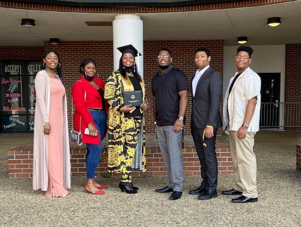 PHOTO: Tyra Muhammad, 46, poses with her five children on the day of her graduation from Grambling State University. (Courtesy Tyra Muhammad)