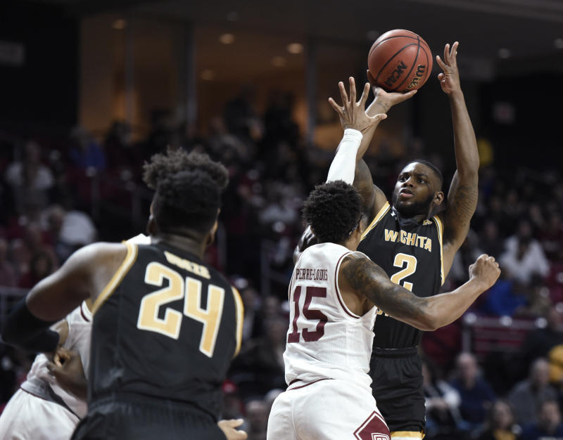 Rose leads Temple to upset of No. 16 Wichita State