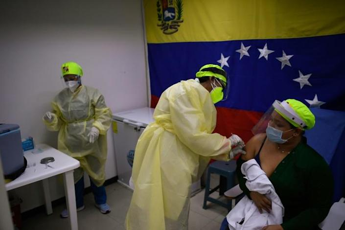 Venezuela aims to vaccinate 70 percent of its 30 million inhabitants this year, but has so far received fewer than a million doses