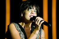 Every year thousands of jazz lovers make the pilgrimage to Montreux Jazz Festival in Switzerland. In 2009, British singer Lily Allen enthralled the audience with a glittering set.