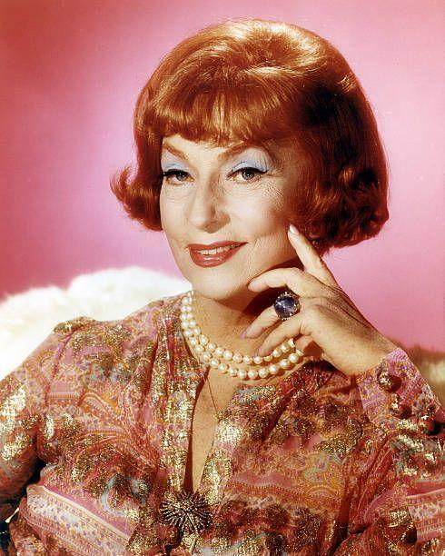 """<p>Beginning her career as a singer and dancer, Agnes Moorehead was an accomplished screen actress during the 30s and 40s. She starred in classics such as <a href=""""https://www.amazon.com/Citizen-Kane-Orson-Welles/dp/B00GJBCMB4/?tag=syn-yahoo-20&ascsubtag=%5Bartid%7C10055.g.34403196%5Bsrc%7Cyahoo-us"""" rel=""""nofollow noopener"""" target=""""_blank"""" data-ylk=""""slk:Citizen Kane"""" class=""""link rapid-noclick-resp""""><em>Citizen Kane</em></a> (1941), """"Jane Eyre"""" (1943), <a href=""""https://www.amazon.com/Hush-Sweet-Charlotte-Bette-Davis/dp/B0009NZ2MO/?tag=syn-yahoo-20&ascsubtag=%5Bartid%7C10055.g.34403196%5Bsrc%7Cyahoo-us"""" rel=""""nofollow noopener"""" target=""""_blank"""" data-ylk=""""slk:Hush, Hush, Sweet Charlotte"""" class=""""link rapid-noclick-resp""""><em>Hush, Hush, Sweet Charlotte</em></a> (1964) and many others before securing the role as Samantha's TV mom. Her ongoing battle of wits with Darrin helped make the show a success. </p>"""