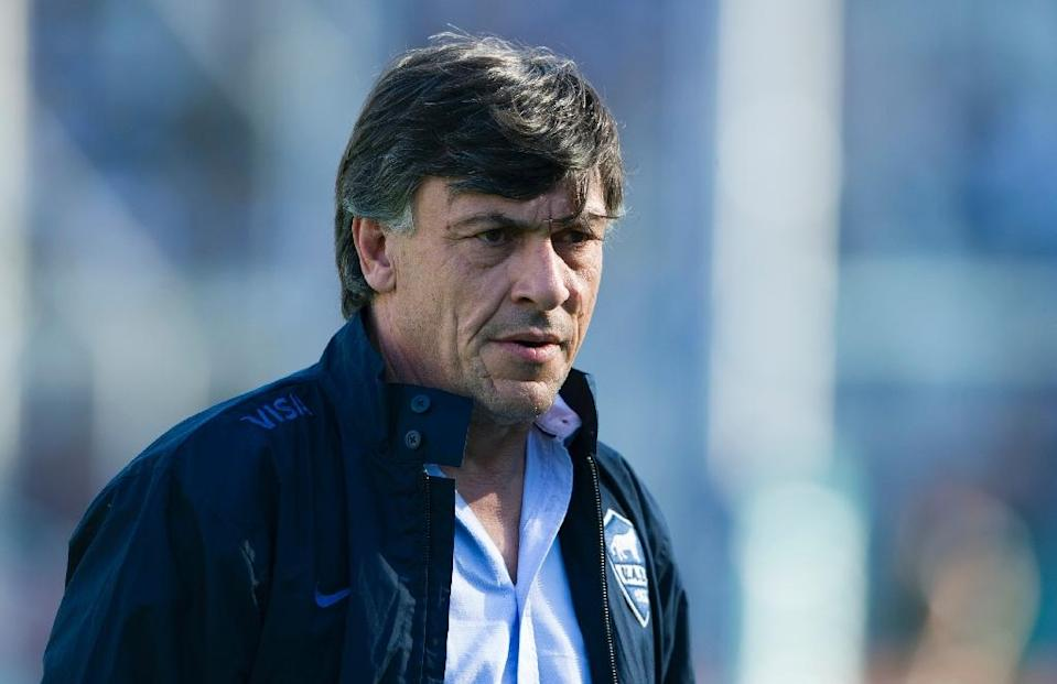 Argentina head coach Daniel Hourcade pictured during their 2015 Rugby World Cup warm-up against South Africa at the Jose Amalfitani Stadium in Buenos Aires on August 15, 2015 (AFP Photo/Alejandro Pagni)