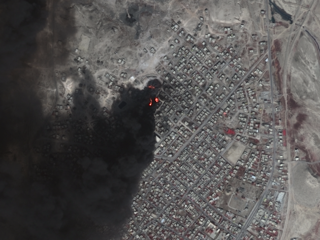 mosul oil fires close up urthecast