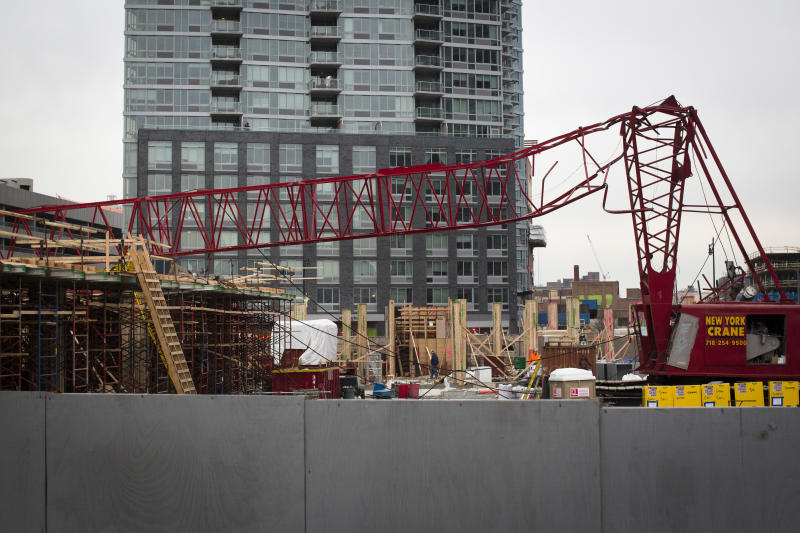 NYC suspends license of operator of fallen crane