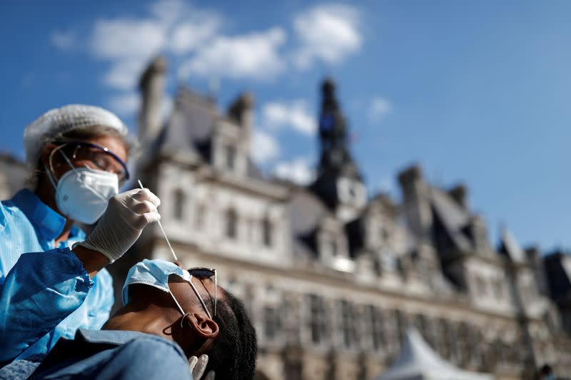 French new COVID-19 infections at record high, lockdowns feared