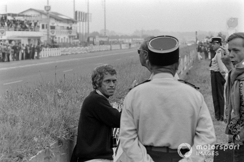 "Steve McQueen<span class=""copyright"">Motorsport Images</span>"