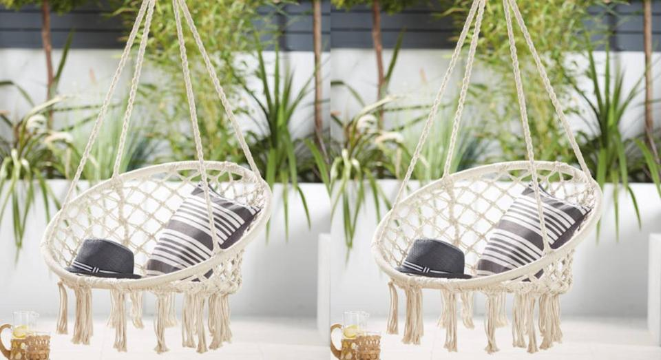 Snap up Aldi's £39.99 hanging chair before it sells out. (Aldi)