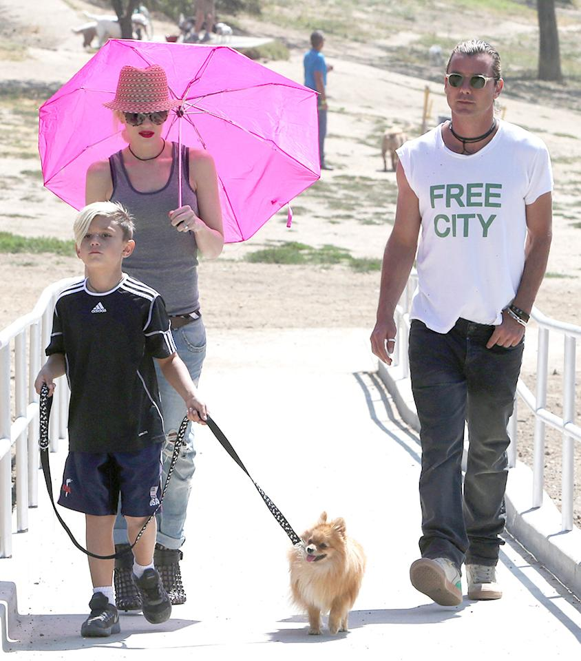 Exclusive... 51132969 Musical couple Gwen Stefani and Gavin Rossdale take their son Kingston and their dog to a dog park in Beverly Hills, California on June 17, 2013. Gwen & Gavin were in good spirits and showed some PDA while Kingston played with other dogs. FameFlynet, Inc - Beverly Hills, CA, USA -  1 (818) 307-4813