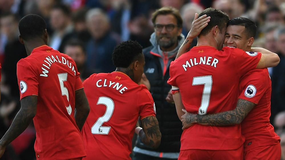 HD Liverpool celebrate Coutinho goal
