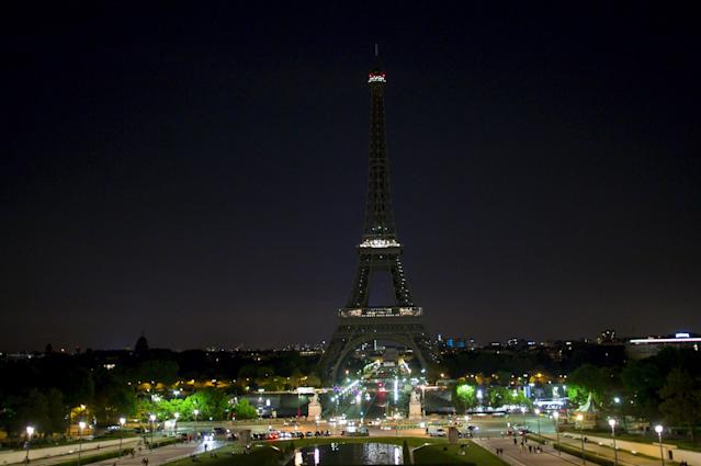 <p>The Eiffel Tower lights are turned off as a tribute to the Manchester bombing on May 23, 2017 in Paris, France. (Aurelien Meunier/Getty Images) </p>